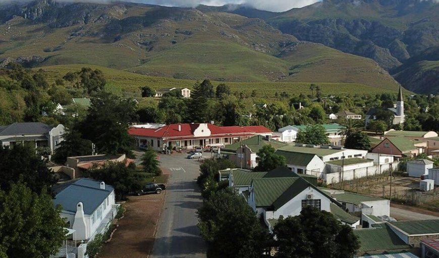 The Views - Greyton is centrally located in the quiet village of Greyton.