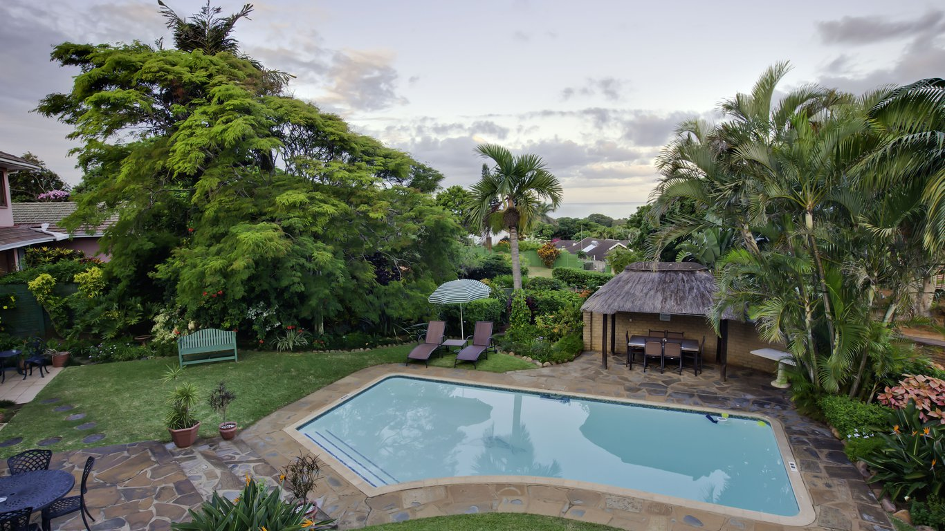 Sylvan grove guest house in umhlanga best price guaranteed for Garden grove pool service