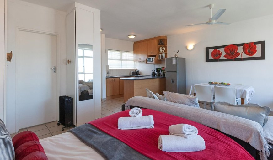 Open-plan studio apartment. in Green Point, Cape Town, Western Cape, South Africa
