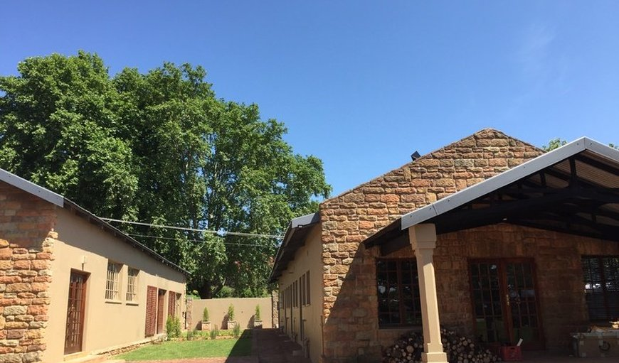 Treelands Manor = Self Catering units in Dullstroom, Mpumalanga, South Africa