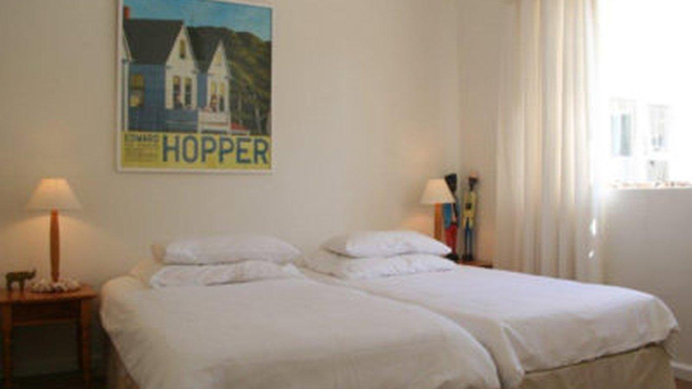 Tuinhuis Cottage in Darling — Best Price Guaranteed