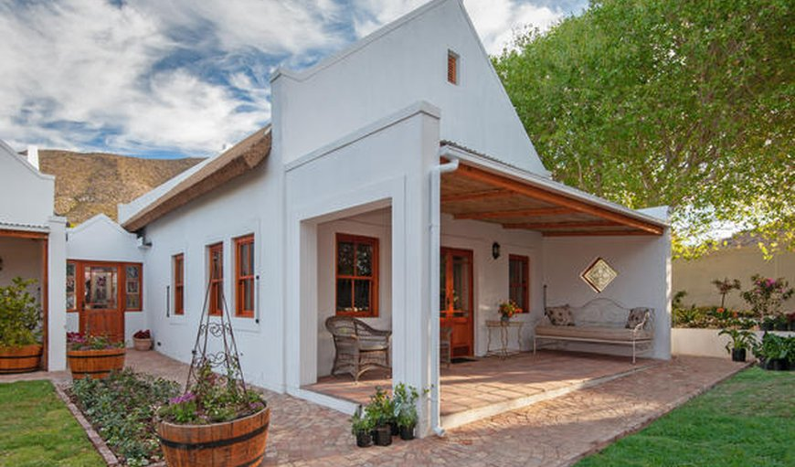 Welcome to Mirtehof Guest Farm Estate in Prince Albert, Western Cape, South Africa