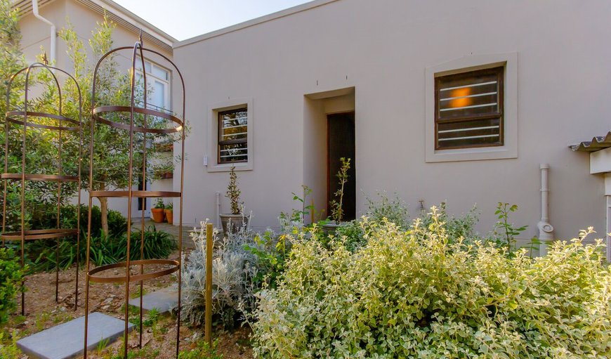 Welcome to HIgh Street Cottage! in Hoog-En-Droog, Paarl, Western Cape, South Africa