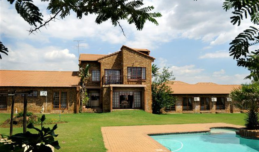 Peter's Guesthouse in Equestria, Pretoria (Tshwane), Gauteng, South Africa