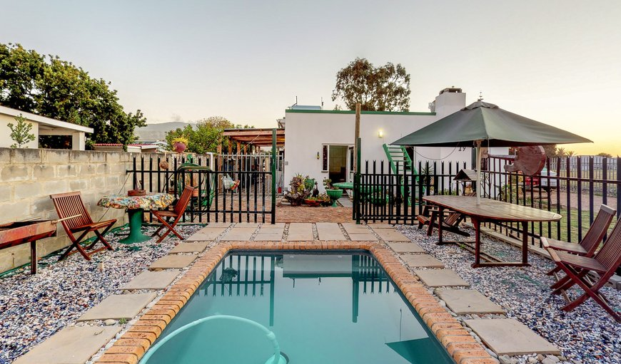 Seeberg Cottage B - Private pool in Hermanus, Western Cape , South Africa