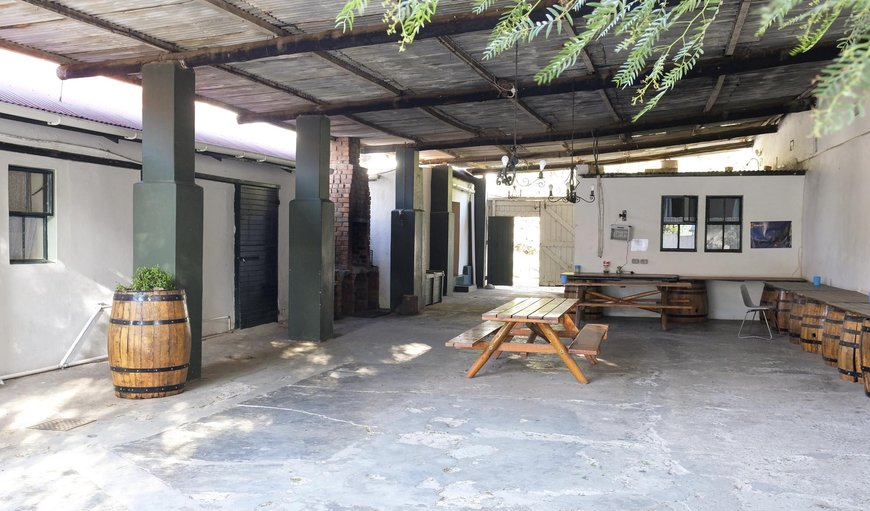 The 3 courtyard suites share a large undercover courtyard with picnic tables in Montagu, Western Cape, South Africa