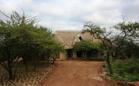 Royal Jozini Siqalo Lodge image