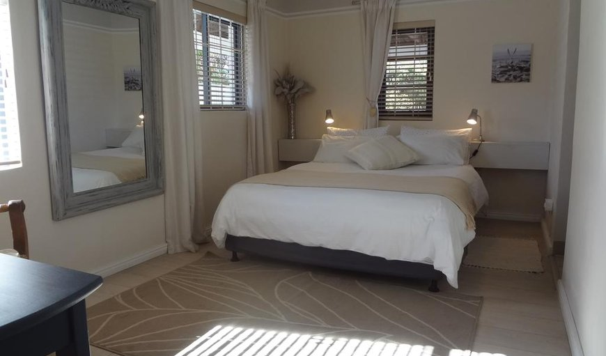 Welcome to the Sunset Room in Eastcliff, Hermanus, Western Cape, South Africa
