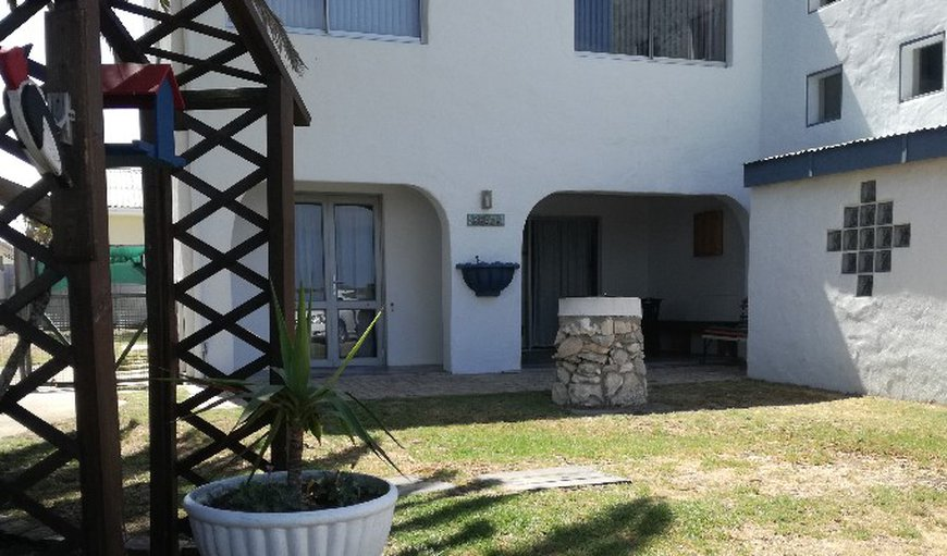 Welcome to Mart-Inn Self-catering Flatlet. in Yzerfontein, Western Cape, South Africa