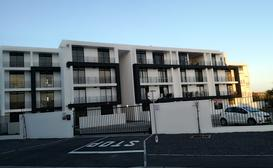 Beach Break Apartment, Bloubergstrand image