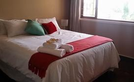 Cokama Guesthouse - King Bedrooms image