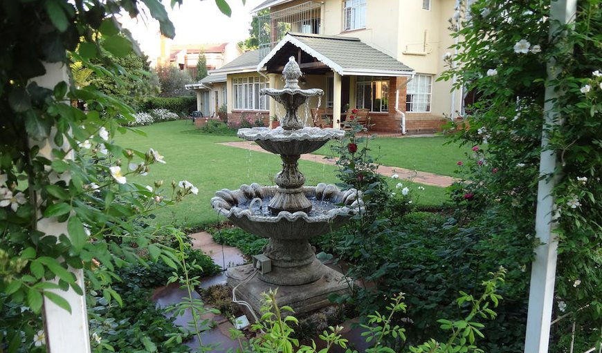 Guest House Seidel is situated in the eastern suburbs of Pretoria featuring a beautiful garden.