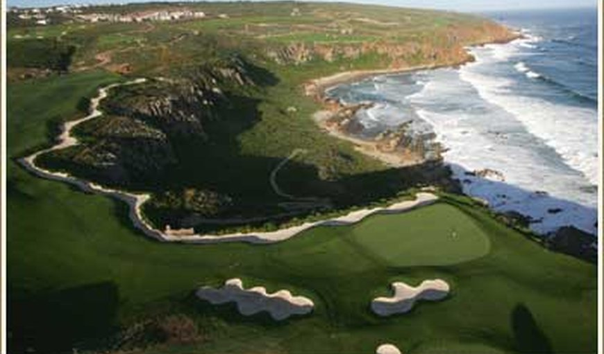 Pinnacle Point is an exquisite golf course in Mosselbay, South Africa. Most of the holes have a view of the Indian Ocean and the holes that include shots over the cliffs are the most breathtaking.