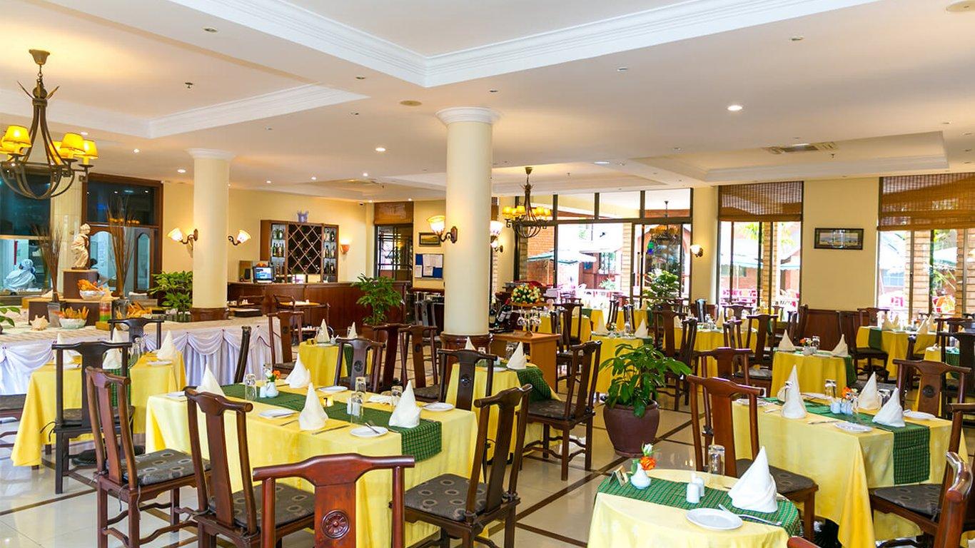 Kibo palace hotel Arusha Tanzania