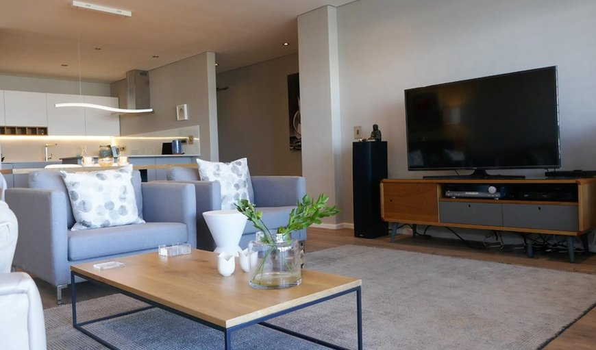 Welcome to windSong - Luxury self-catering apartment in Bloubergstrand, Cape Town, Western Cape , South Africa