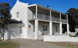 Hermanus Beach Villa and Cottages image