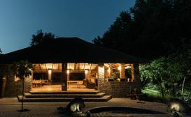 Mountain View Lodge Gabarone image