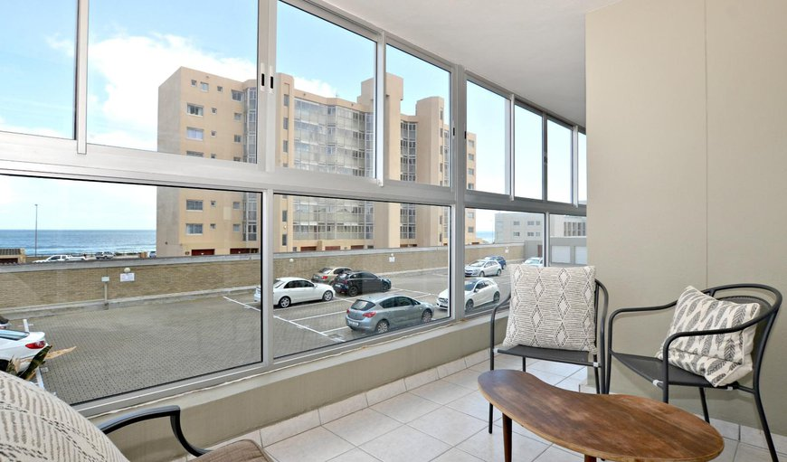 Welcome to Oceanview Blouberg Beachfront Apartment in Bloubergstrand, Cape Town, Western Cape, South Africa