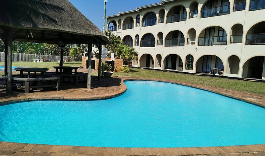 The complex has a communal swimming pool with a lapa. in Warner Beach, KwaZulu-Natal, South Africa