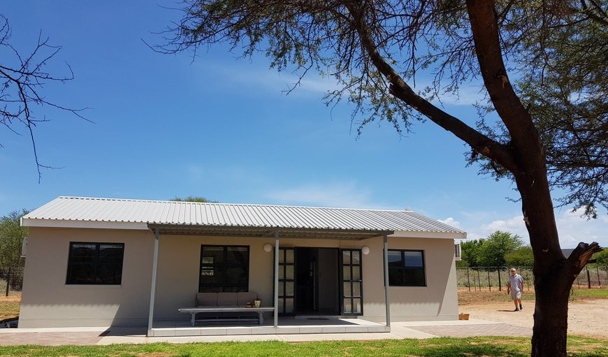 Welcome to Mayfair Cottages in Oudtshoorn, Western Cape, South Africa