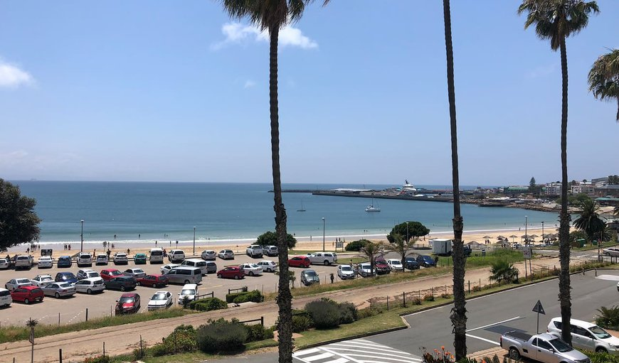 Santos Beach Flat 29 boasts with amazing views and is situated on the beach front in Mossel Bay, Western Cape, South Africa