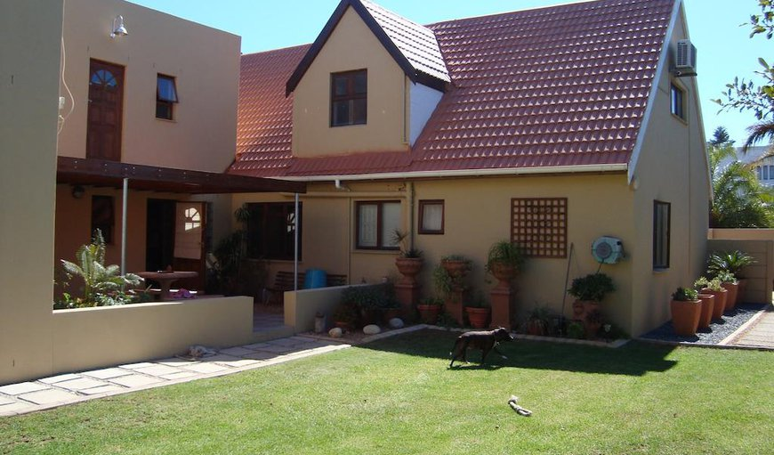 Welcome to Pentzhaven Guesthouse. in Table View, Cape Town, Western Cape, South Africa