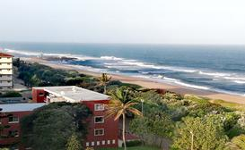 Sea view, Self-catering accommodation. Afsaal 701, Amanzimtoti image
