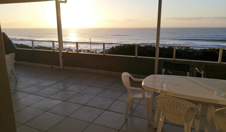 Welcome to Vinkel 8 in Manaba Beach, Margate, KwaZulu-Natal, South Africa