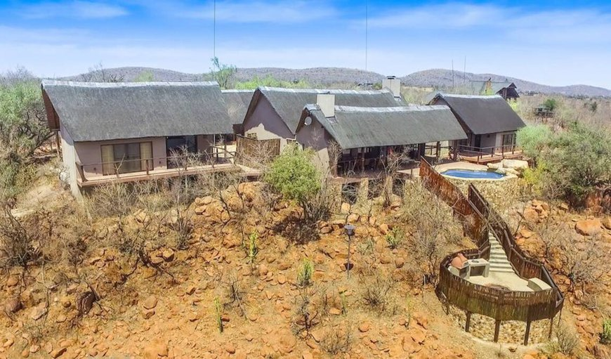 Elands Lodge is a luxury self-catering lodge situated in the Mabalingwe Game reserve