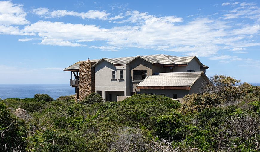 Welcome to Pinnacle Drive 252 in Mossel Bay, Western Cape, South Africa