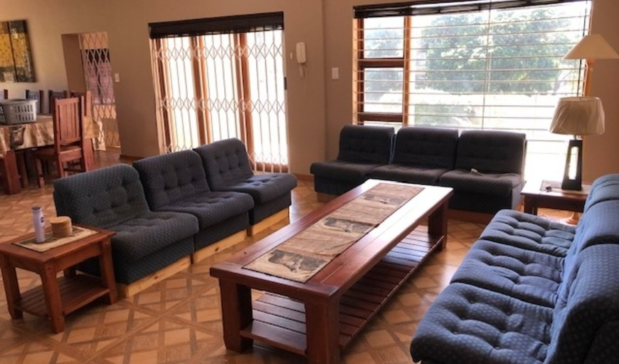 The Main House - The lounge area is tastefully furnished with comfortable couches