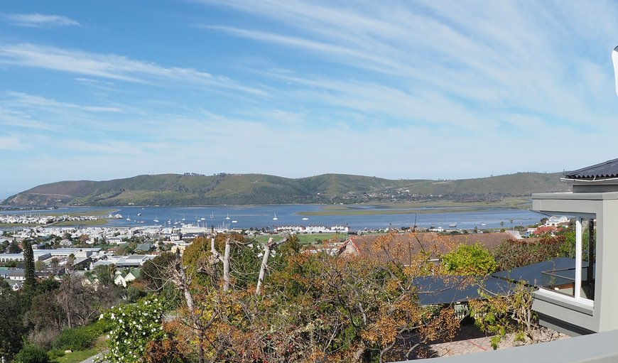 Four Star Graded Self Catering in Knysna, excellent location. Quiet residential area. Close to all shops and mall. Selected units have view of the Lake and the Heads of Knysna. in Knysna Central , Knysna, Western Cape , South Africa