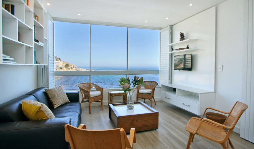 Condo Odessa features stunning sea views