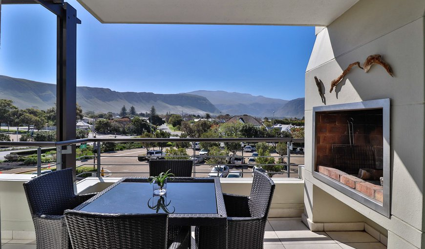 Three Bedroom Apartment Patio with braai area