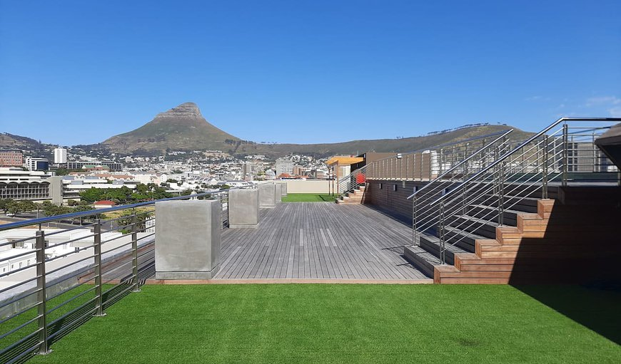 Welcome to City Bowl 6th floor facing Table Mountain in Zonnebloem, Cape Town, Western Cape, South Africa