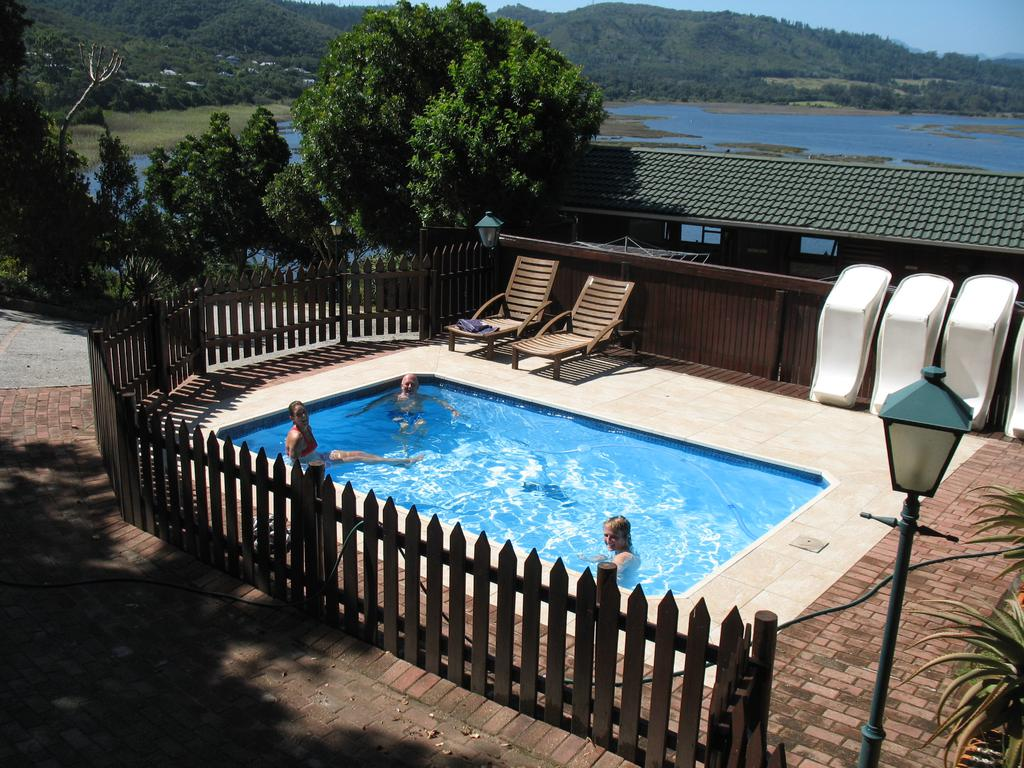 Phantom view lodges waterfront accommodation in western cape knysna uitzicht best price for Swimming pool covers south africa