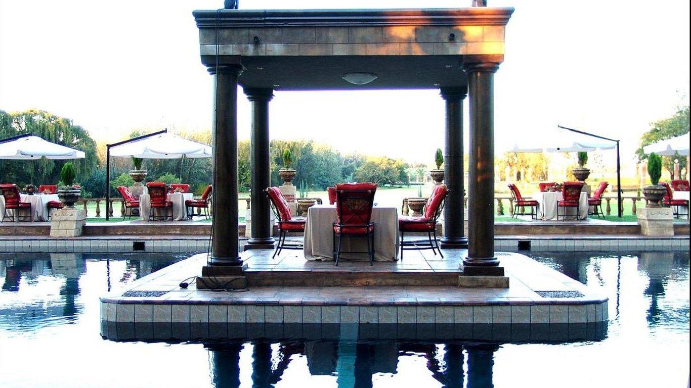 Velmore hotel in erasmia pretoria tshwane best price - Swimming pool maintenance pretoria ...