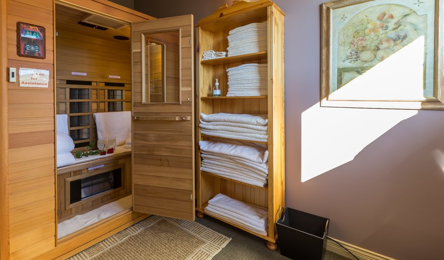 Rejuvenating Far-Infrared Sauna