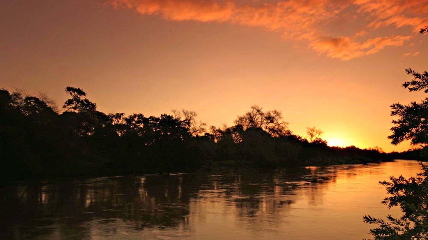 Limpopo river lodge in tuli block photo 2 sciox Image collections