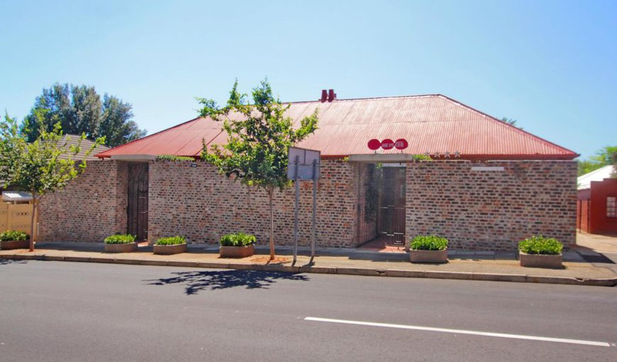Welcome to Motel Mi Pi CHi in Melville, Johannesburg (Joburg), Gauteng, South Africa