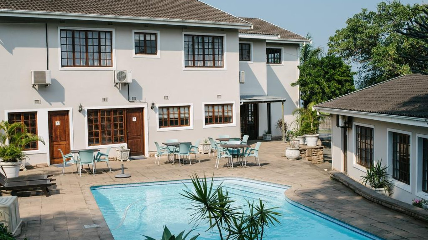 African Sands Bed & Breakfast in Amanzimtoti — Best Price