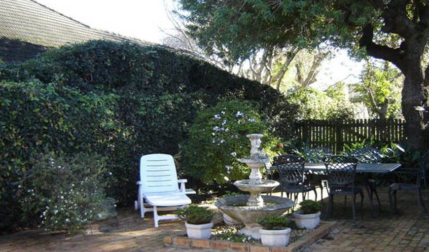 Welcome to Fiddlewood and Stone Cottages in Rondebosch, Cape Town, Western Cape, South Africa