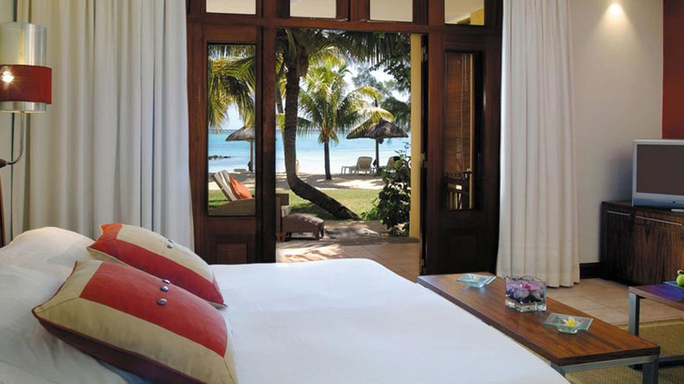 Paradis hotel golf club in le morne mauritius for Chambre 5 etoiles