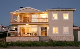 138 Marine Beachfront Guest House image