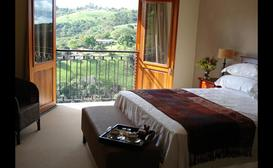 Eagles View Kloof Bed and Breakfast image