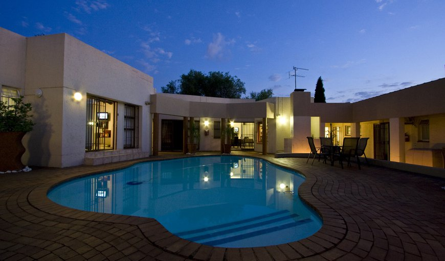 Night time @ President Lodge in Edenvale, Gauteng, South Africa