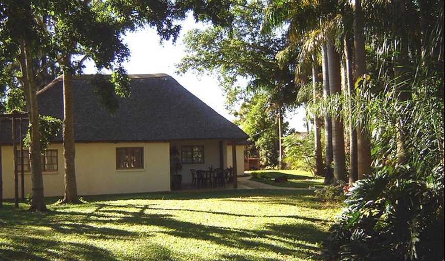 Loerie - Outside view of Chalet  in Pongola, KwaZulu-Natal, South Africa