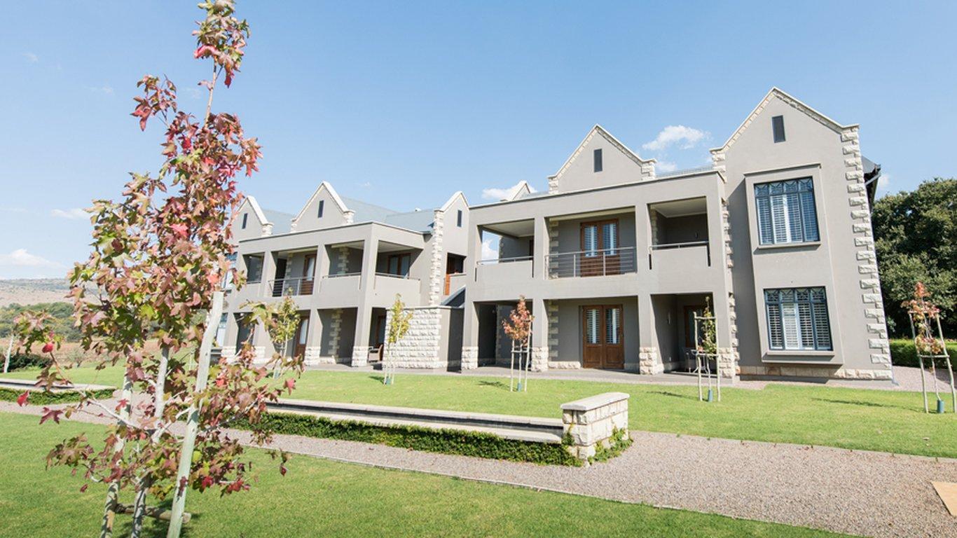 de hoek country hotel in magaliesburg — best price guaranteed