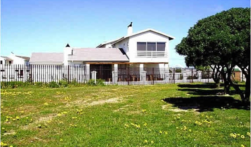 Enjoy a luxurious home away from home with generous West Coast hospitality. Comfortable stylish guest units are located in Langebaan - in a beautiful and peaceful area next to a golf course. in Langebaan , Western Cape , South Africa