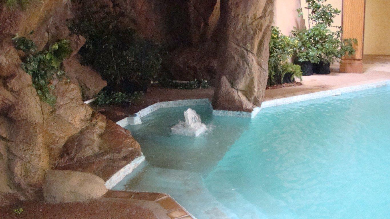 Picture this pretoria north lodge conference centre in - Swimming pool maintenance pretoria ...